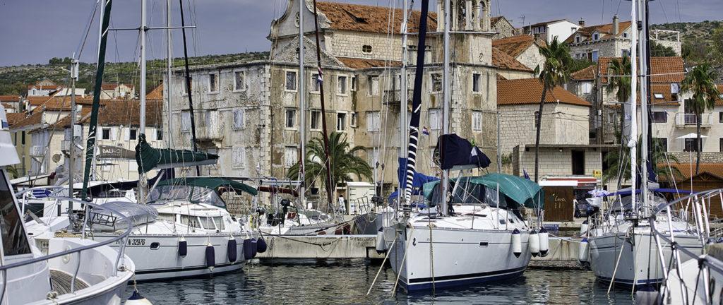 port Milna na wyspie Brac